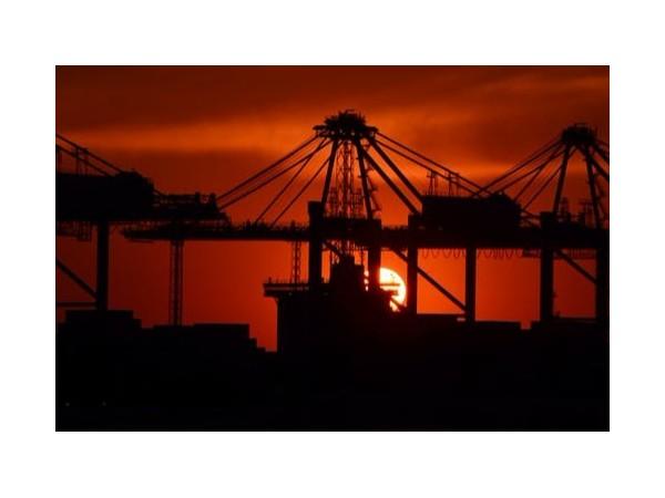 一般贸易海运出口报关其实说来也简单,就四步!