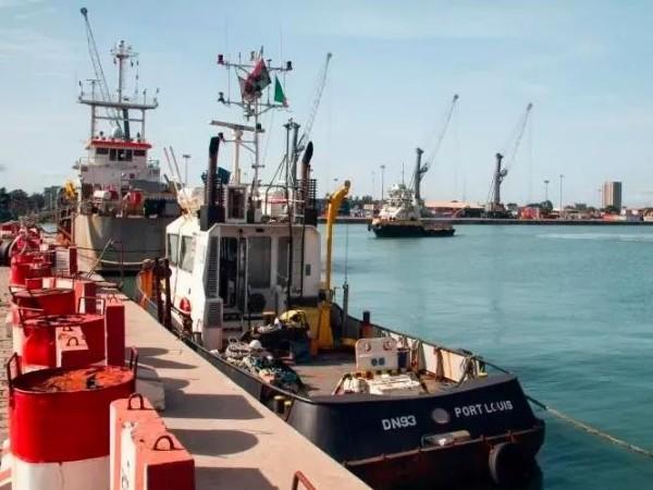 2M调整10条航线航次,涉及青岛、宁波、盐田、南沙、厦门、香港